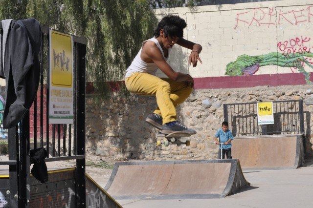 Spectacular skaters at Mariano Matamoros